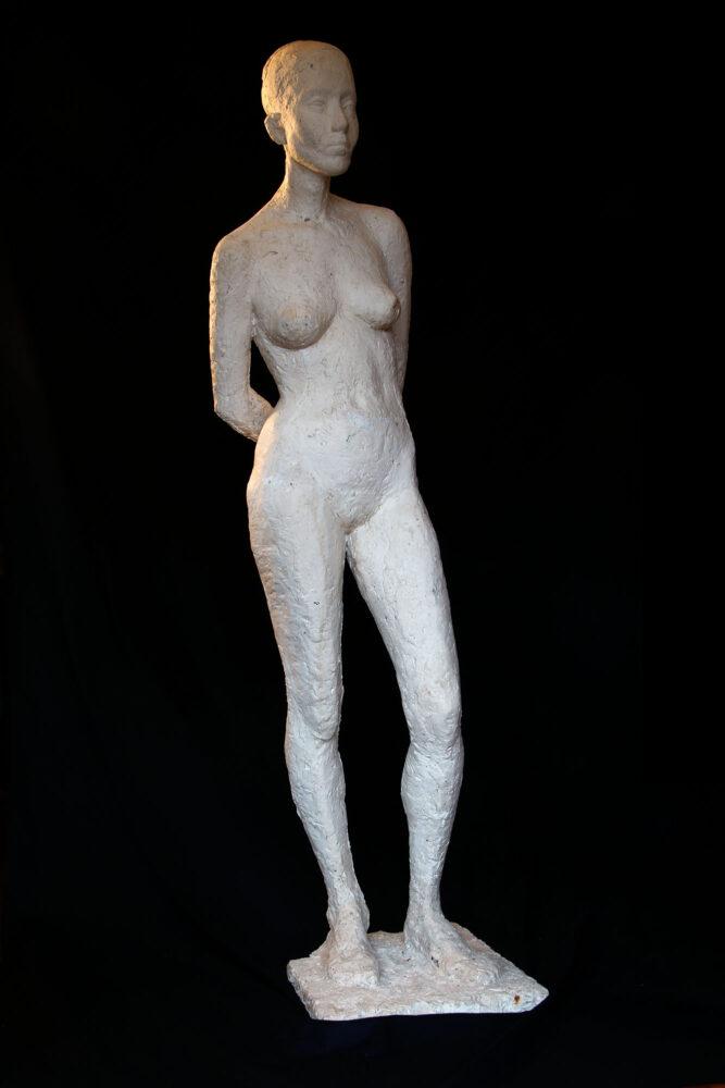 Linde-Kauert_große-stehende-Skulptur-1