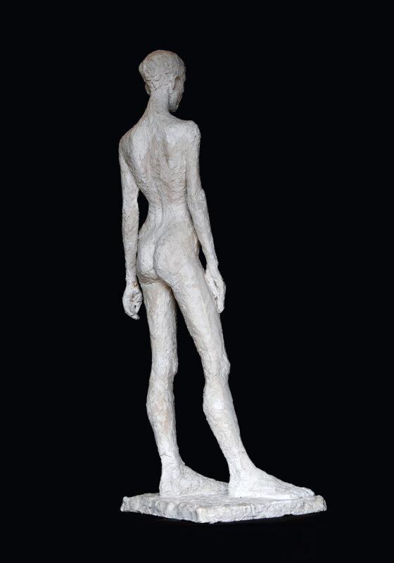 Linde-Kauert_kl-stehende-Skulptur-2