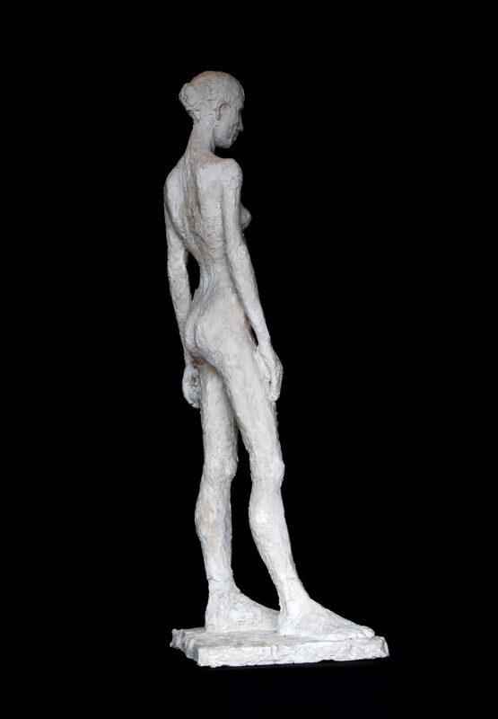 Linde-Kauert_kl-stehende-Skulptur-3