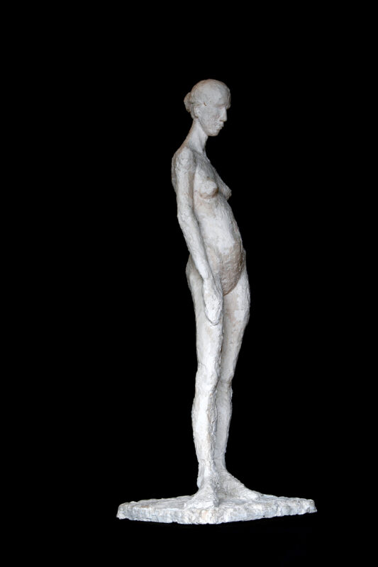 Linde-Kauert_kl-stehende-Skulptur-5