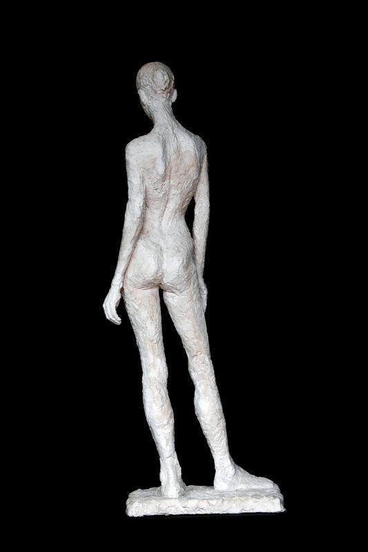 Linde-Kauert_kl-stehende-Skulptur